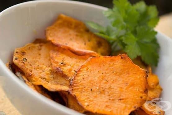 Чипс от моркови на фурна - изображение