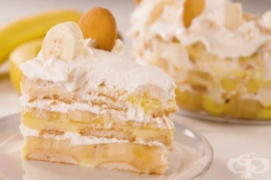Лесна бананова торта с нишесте и бисквити - изображение