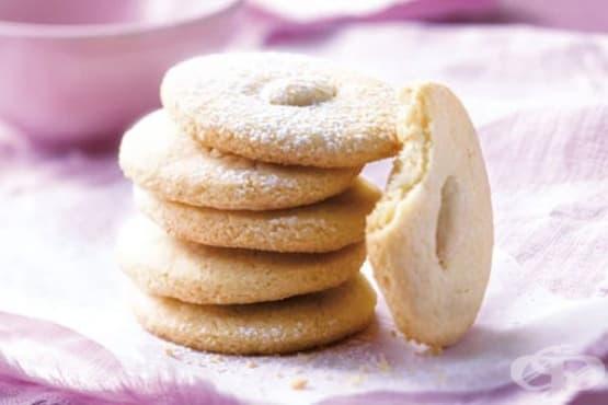 Безглутенови чаени бисквити с бадеми - изображение