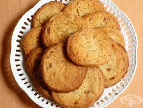 Джинджифилови бисквити с мед и масло - изображение