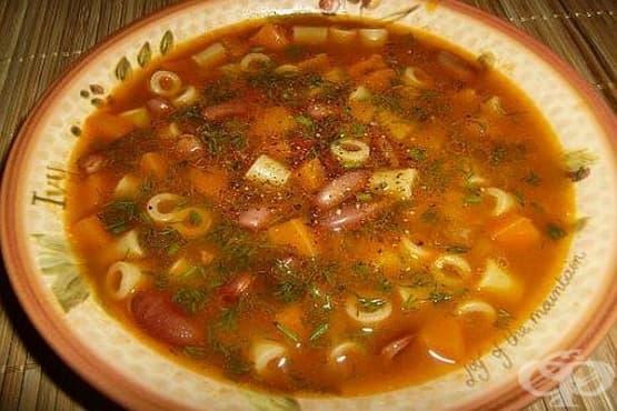 Бобена супа с макарони - изображение