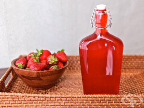 Домашен ягодов сироп - изображение