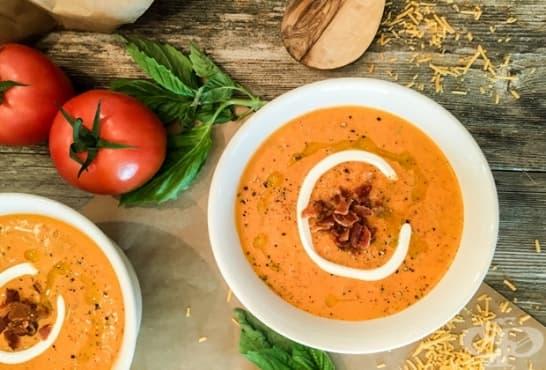 Доматена супа със сметана, чедър и бекон - изображение