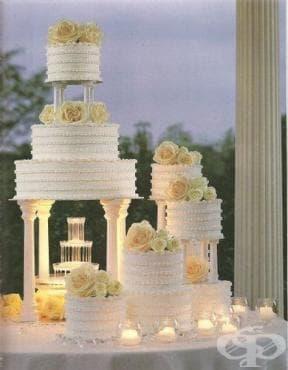 Красиви сватбени торти от целия свят - изображение