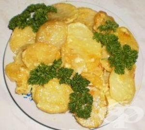 Печени картофи с куркума и майонеза - изображение