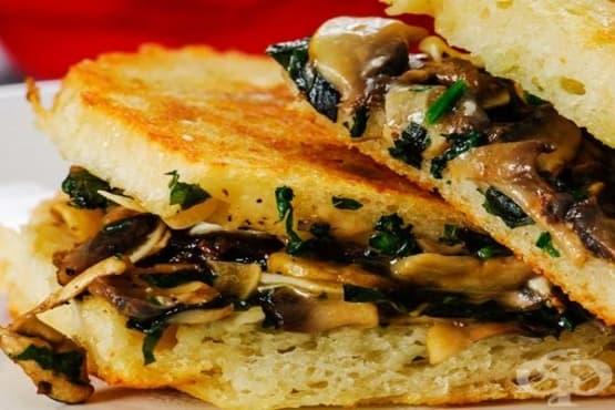 Препечен сандвич със сирена и гъби - изображение