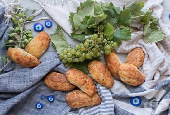 Гръцки питки с копър и фета - изображение