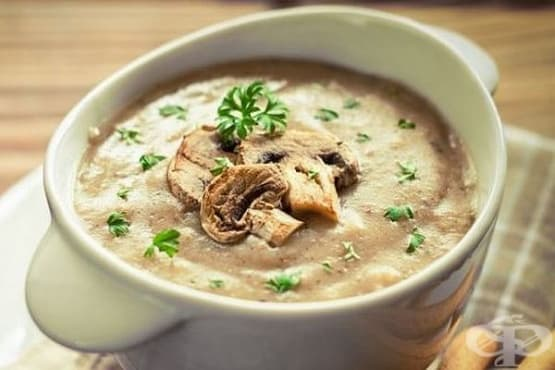 Гъбена крем-супа със сос бешамел - изображение