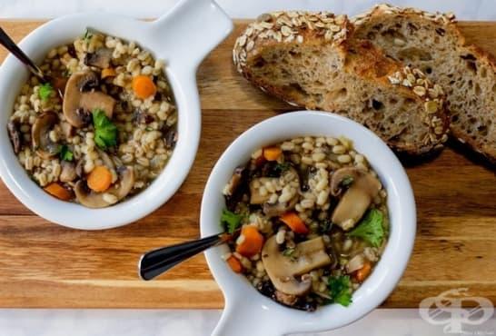 Гъбена супа с ечемик и зеленчуци - изображение