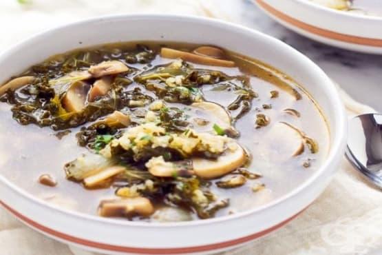 Гъбена супа с киноа - изображение