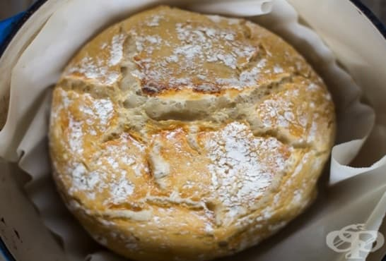 Хрупкав хляб без месене - изображение