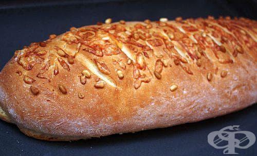 Хляб с кашкавал и кедрови ядки - изображение