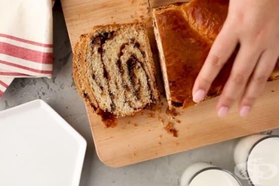 """Сладък хляб """"Бабка"""" с какао и шоколад - изображение"""