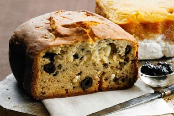 Хляб с маслини и сирене фета - изображение