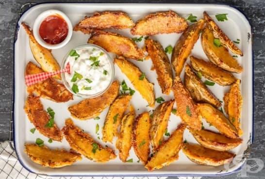 Хрупкави картофи с пикантна бадемова коричка - изображение