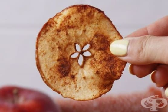 Сладък ябълков чипс с канела - изображение