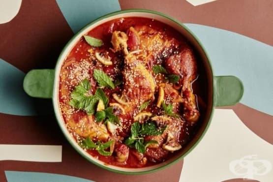 Яхния с пилешко месо и карамелизирани лимони - изображение