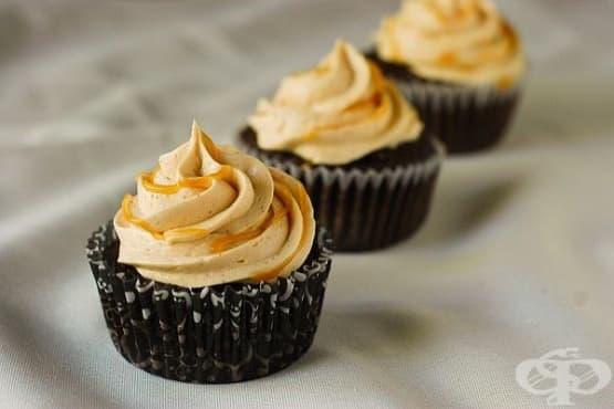 Карамелен крем-мус (за торти и сладкиши) - изображение