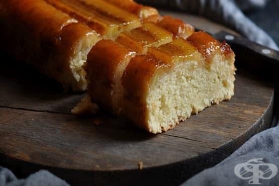 Карамелен сладкиш с банани и канела - изображение