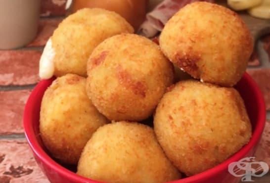Картофени бомбички с моцарела и прошуто на фурна - изображение