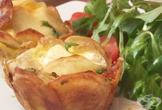 Картофени мъфини с нежна млечна плънка и бекон - изображение