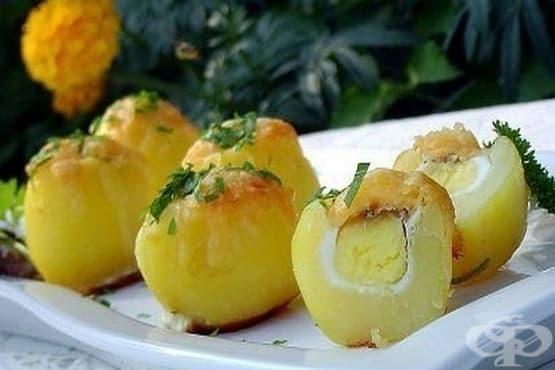 Пълнени картофи с пъдпъдъчи яйца и кашкавал - изображение