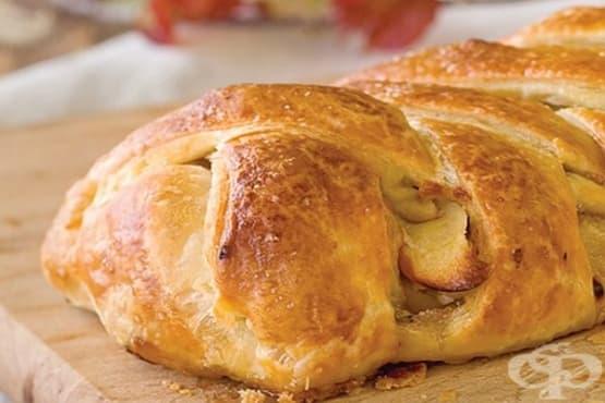 Картофен щрудел от бутер тесто с кренвирши - изображение