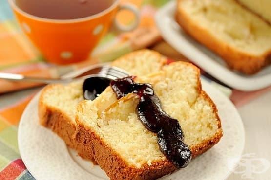 Кекс с плодове и маскарпоне - изображение