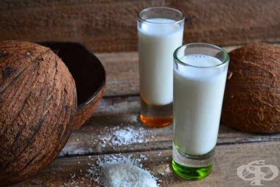 Студен кокосов пунш с ром - изображение