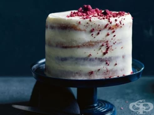 Домашна торта с крем маскарпоне, кокос и малини - изображение