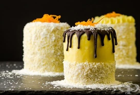 Кокосови мини тортички с портокалови корички и маслен крем - изображение