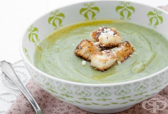 Крем супа от краставици, сметана и копър - изображение
