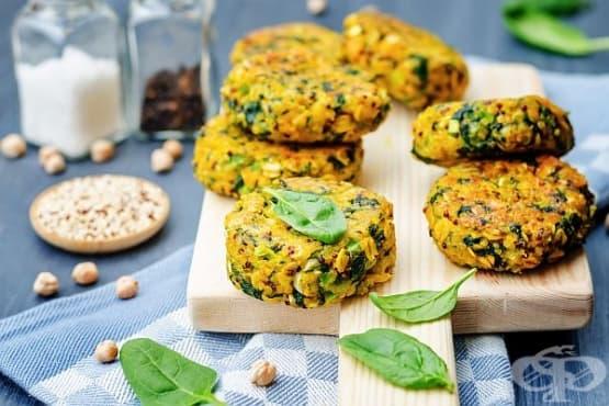Панирани кюфтета от спанак и ориз със сирене и яйца - изображение