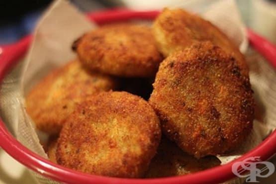 Кюфтета от настъргани картофи с кашкавал и копър (на фурна) - изображение