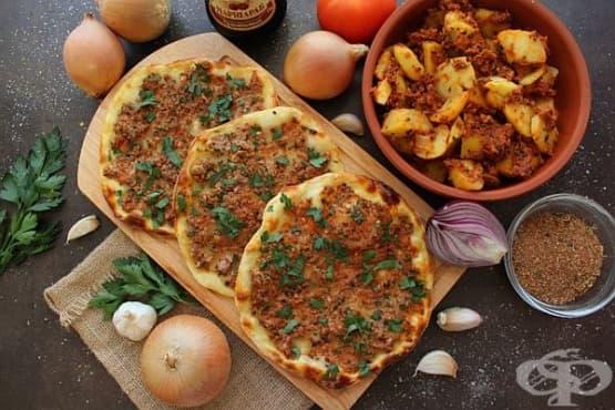 Лахмаджун/ламаджо (арабска пица) с агнешка кайма - изображение