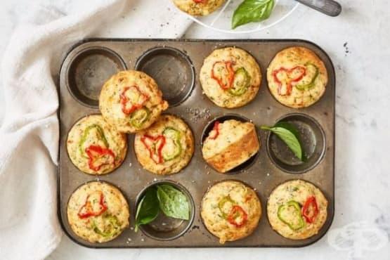 Солени мъфини с подправки и зеленчуци - изображение