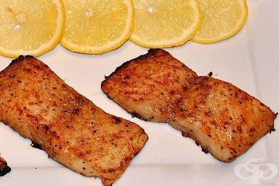 Риба в медена марината с чесън на фурна - изображение
