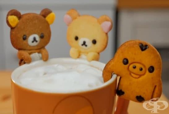 Бисквитени сладки мечета за кафе - изображение