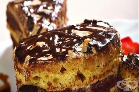 Торта с меден крем, орехи и коняк - изображение
