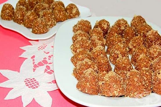 Медени бонбони от орехи с лешници и лимон - изображение