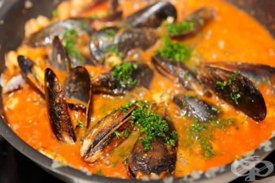 Миди с доматен сос и джинджифилова паста - изображение