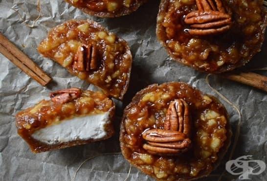 Мини сладоледени тортички с орехи и карамел - изображение
