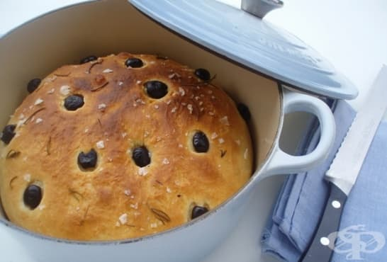 Млечен хляб с маслини и розмарин - изображение