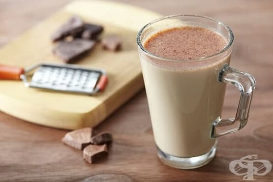 Млечен коктейл с кафе, мед и сладолед - изображение