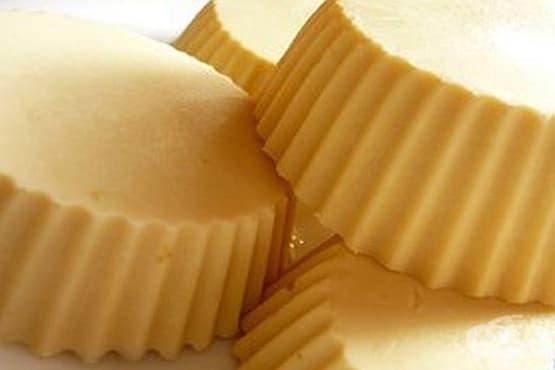 Домашен млечен сладолед с извара - изображение