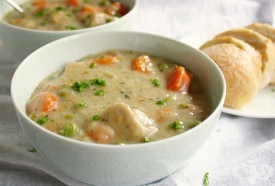 Млечна яхния със зеленчуци и свинско месо - изображение