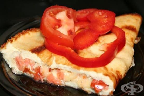 Омлет със сьомга, кашкавал и домати - изображение