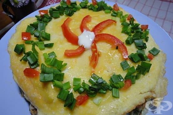Омлетена торта с домати, копър и кашкавален крем - изображение