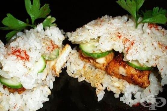 Оризови бургери с пилешко филе и соев сос - изображение