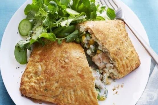 Пай с пилешко месо и зеленчуци - изображение